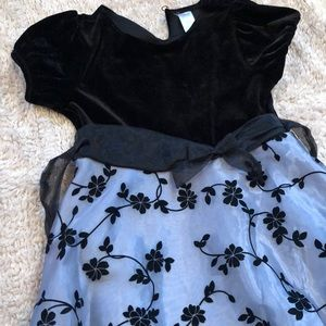 Other - Girls dress. Black and grey